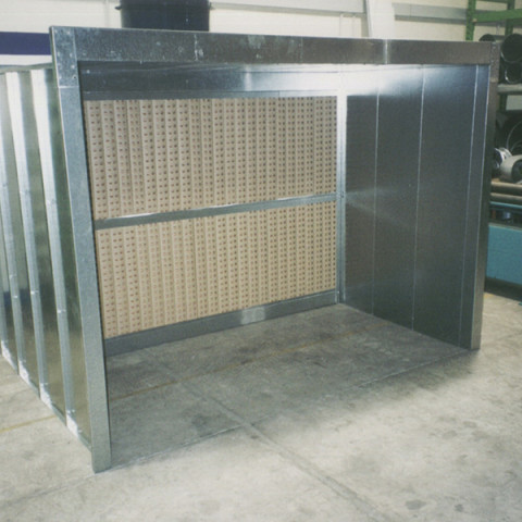Typical 3m open-faced kitset spray booth. Available in 2m, 3m and 4m wide.